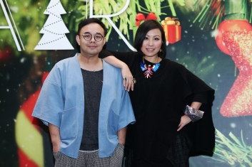 Artist Dean Siu Zi-fung (Left) and Harriet Yeung Sze-man, pose for a picture in Hung Hom. 23NOV16 SCMP / K. Y. Cheng